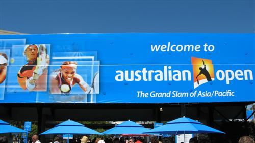 AO 2010 - COMMENTAIRES DES MATCHS ATP & WTA IMG_4516_australian_open_entrance_500x281